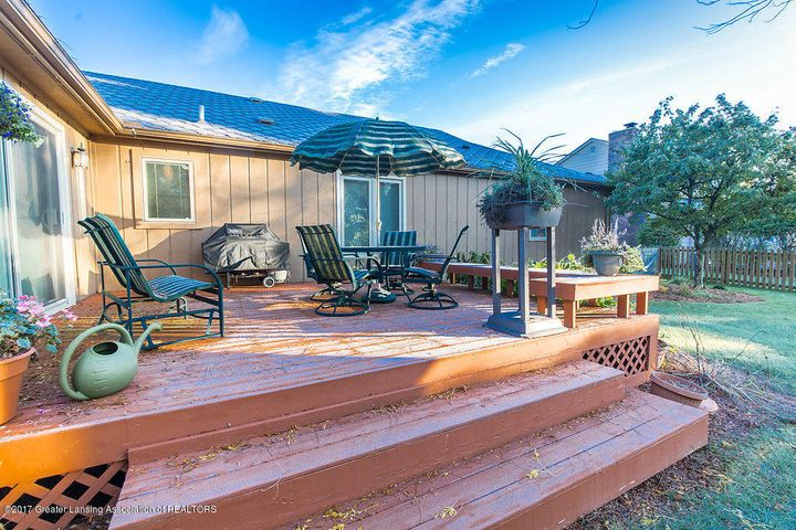2157 Riverwood Dr - 942A5088-HDR - 29
