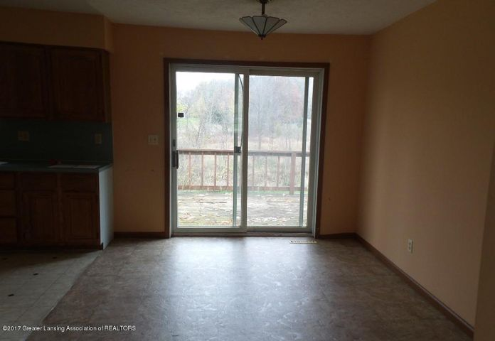 2186 W Hyde Rd - DINING - 4