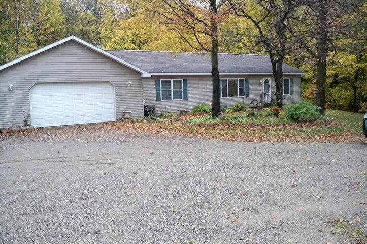 9494 Peddler Lake - Front of Home - 1