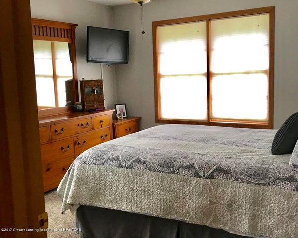 105 S Canfield Rd - 2nd Bedroom - 15