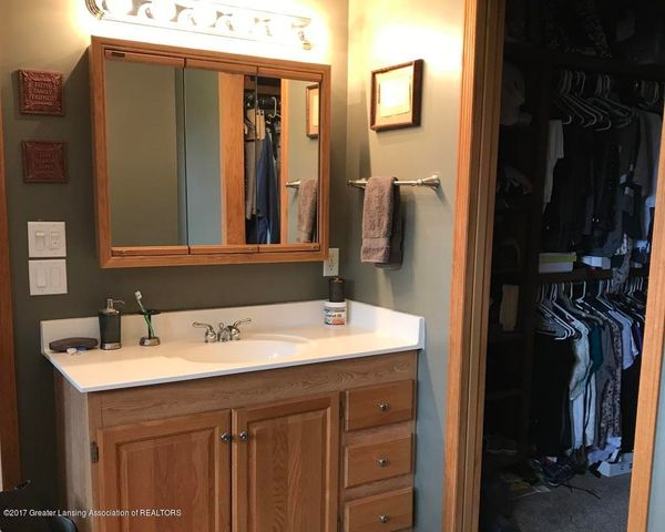 105 S Canfield Rd - Master Bath - 11