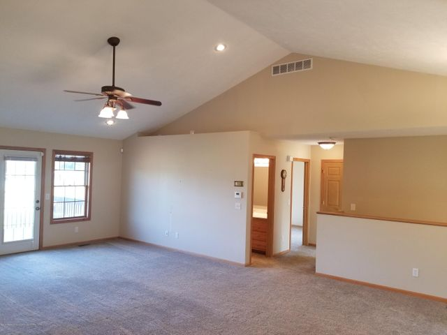 105 S Canfield Rd - Living Room - 3