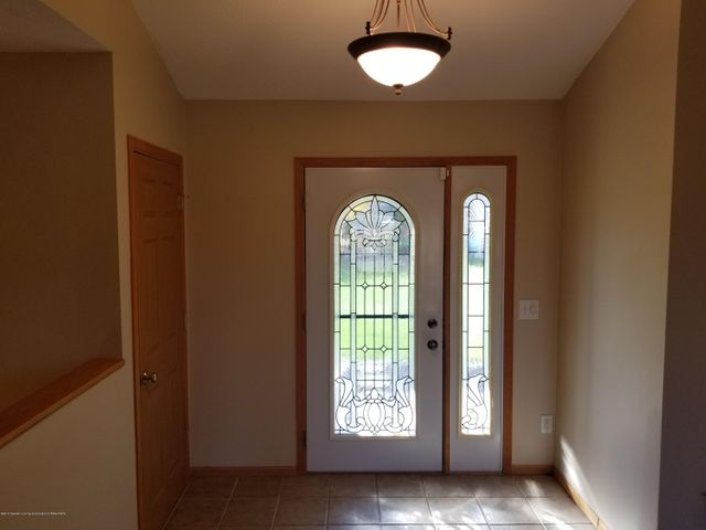 105 S Canfield Rd - Front Entrance - 5