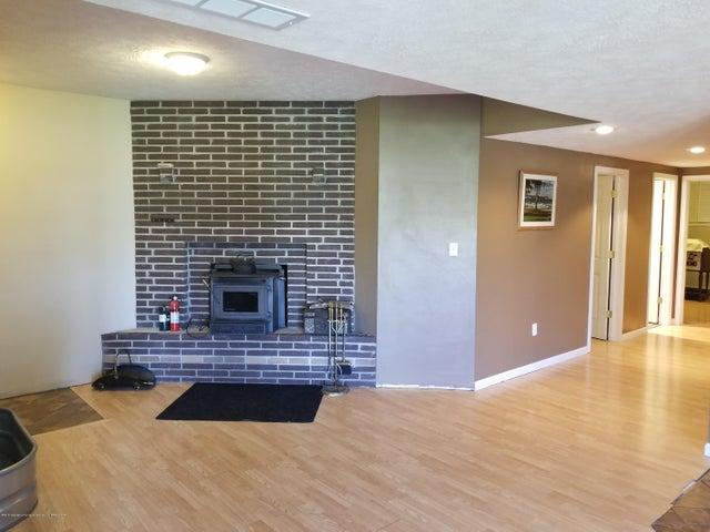 105 S Canfield Rd - Walkout Basement - 18