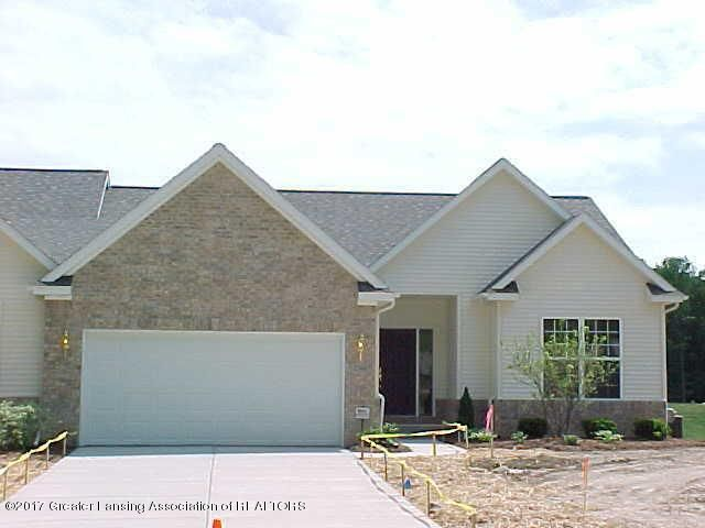 2368 Sapphire Ln - Front - 1