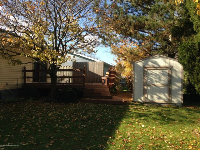 4742 Omar Dr - Shed Included - 40