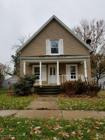 134 Elm St - outfront - 1