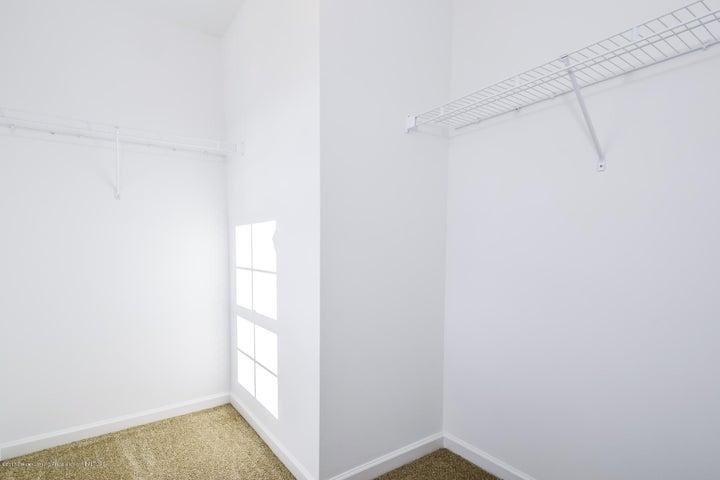956 Pennine Ridge Way - Bedroom 4 WIC MDE018-E2390-1 - 18