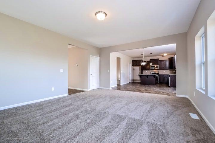 956 Pennine Ridge Way - Living Room MDE018-E2390-2 - 11