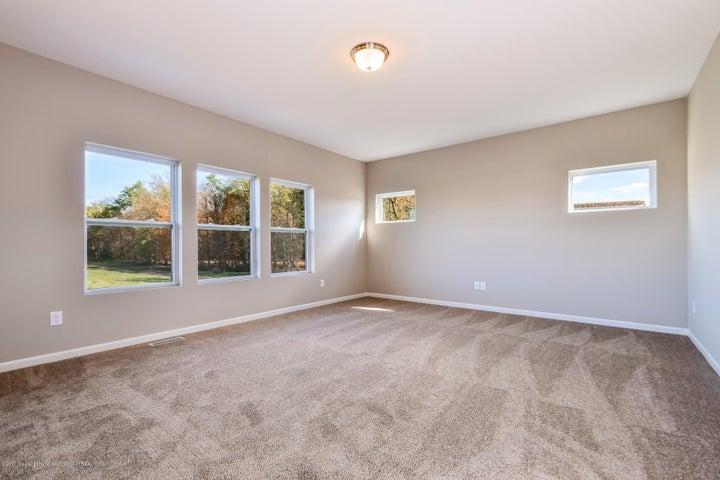 956 Pennine Ridge Way - Living Room MDE018-E2390-3 - 12