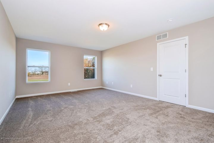 956 Pennine Ridge Way - Master Bedroom MDE018-E2390-2 - 19