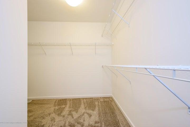 956 Pennine Ridge Way - Master Bedroom WIC MDE018-E2390-1 - 20