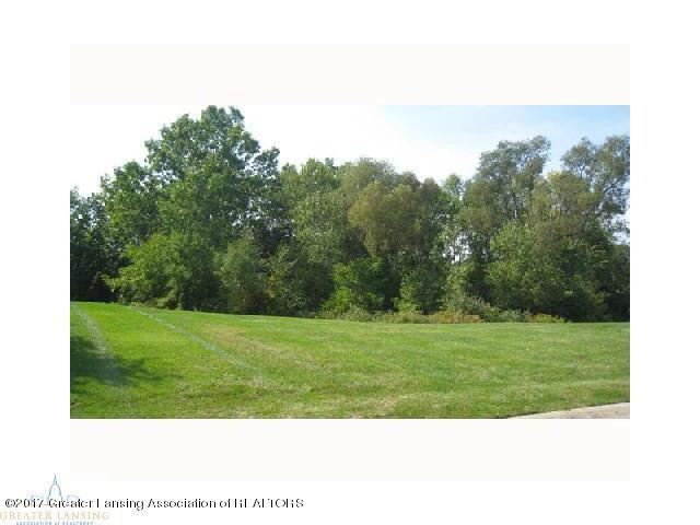 6247 W Golfridge, East Lansing, MI 48823