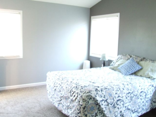 4936 Pine Hill Dr - Master  bedroom - 13