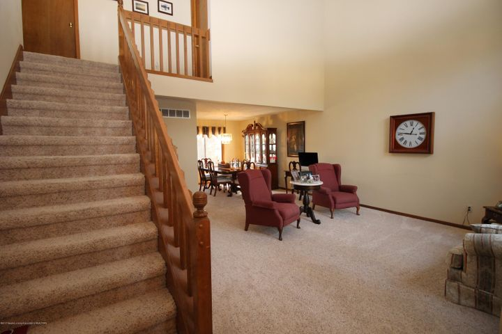 2339 Anchor Ct - 2.  Grand Entrance into Living Room - 2