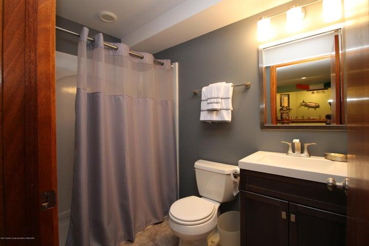 2339 Anchor Ct - 15.  Lower Level Full Bath - 15