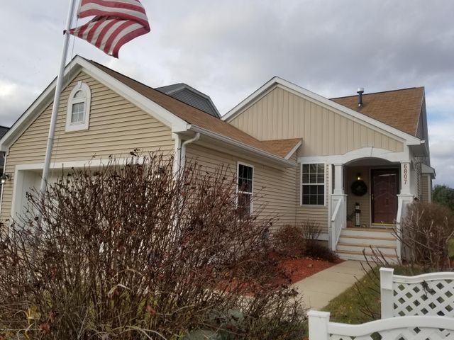 6807 Cotswald Dr - Front - 1