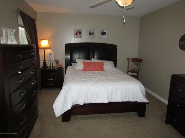 122 Lake Ridge Dr - Master Bedroom - 12