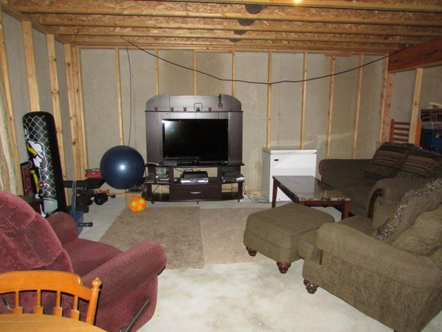 122 Lake Ridge Dr - Basement - 20