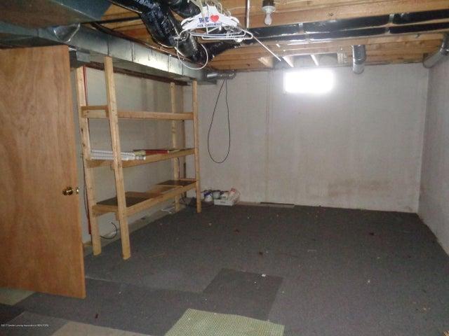 13813 G K Dr - GK basement - 15