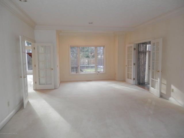 1401 Dennison Rd - Formal living room - 12