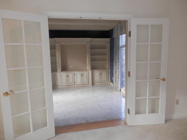 1401 Dennison Rd - French doors to library/office - 13