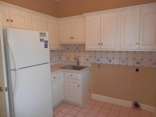 1401 Dennison Rd - Laundry area - 20