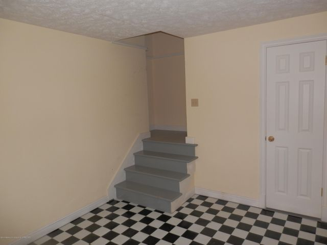 1401 Dennison Rd - Back service stairway from garage - 44