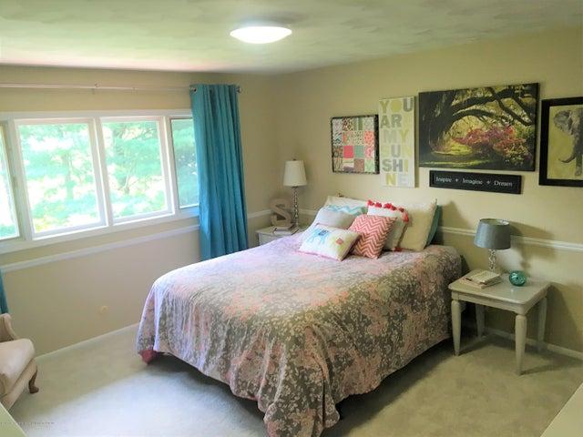2099 Tamarack Dr - Bedroom 2 - 16