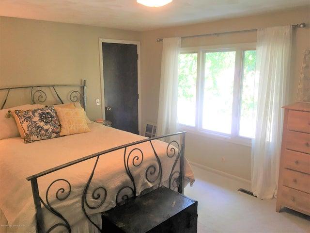 2099 Tamarack Dr - Bedroom 3 - 18