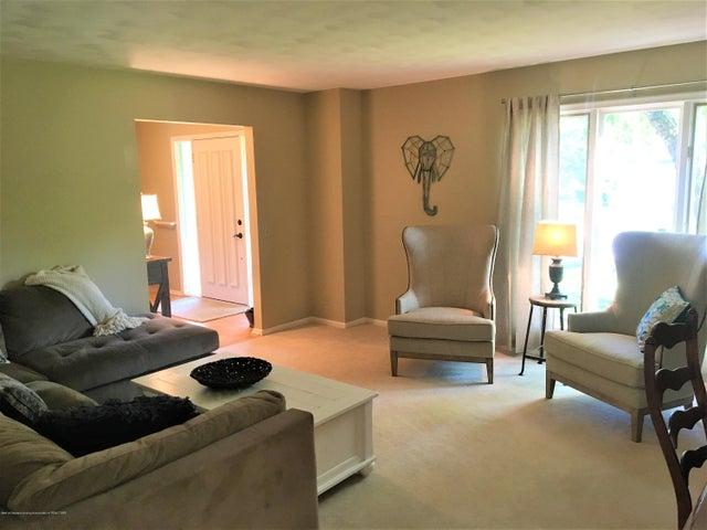 2099 Tamarack Dr - Formal Living Room - 6