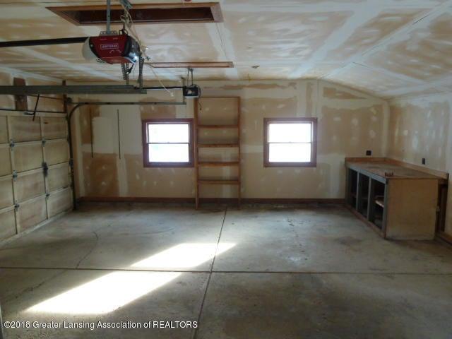 114 Kilkelly St - Garage Interior - 20