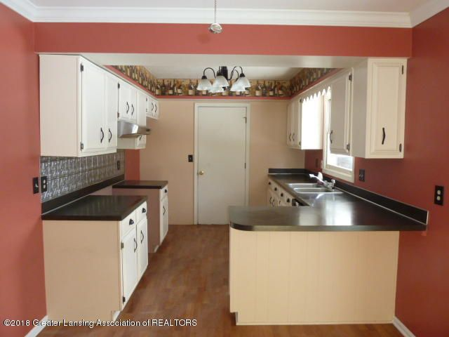 114 Kilkelly St - Kitchen View 1 - 6
