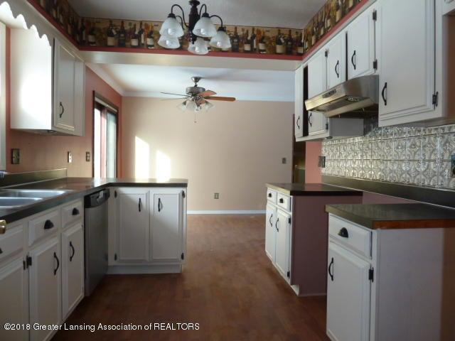 114 Kilkelly St - Kitchen View 2 - 7