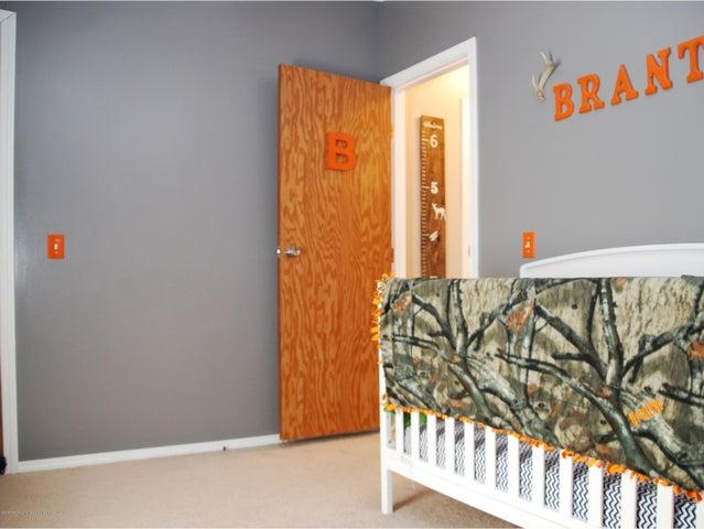 4285 S Ruess Rd - MLS bed 2-2 - 15