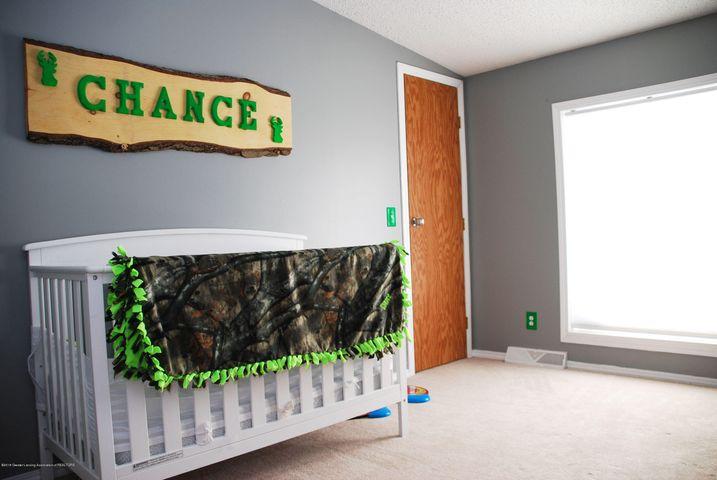 4285 S Ruess Rd - MLS bed 3-2 - 16