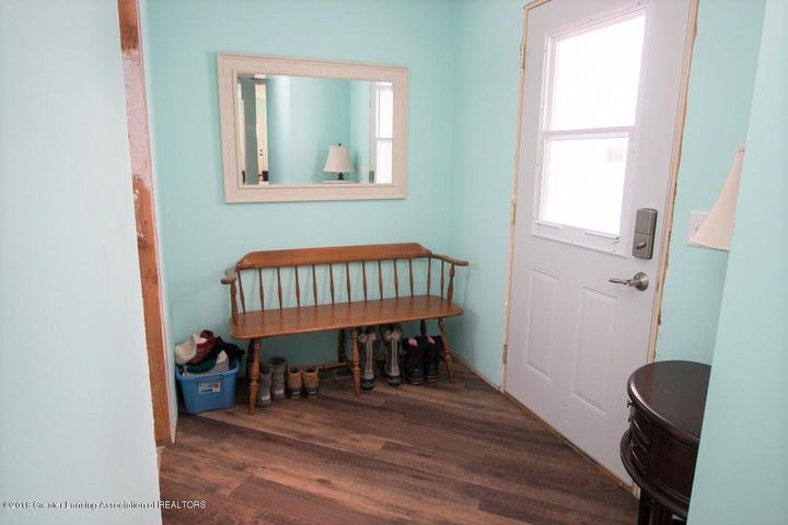 15529 Park Lake Rd - Mudroom - 20
