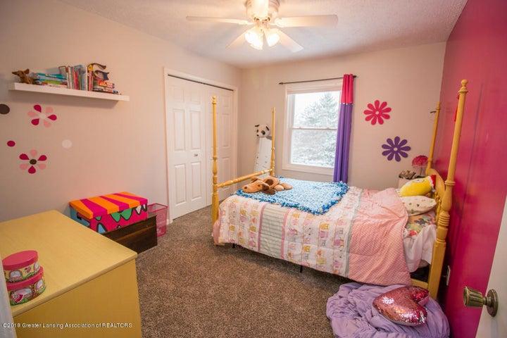 1240 Castlewood Cir - bedroom 3 - 25