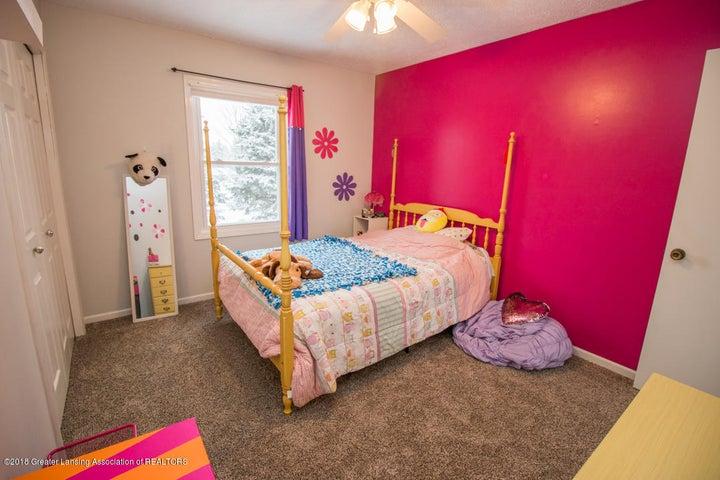 1240 Castlewood Cir - bedroom 3a - 24