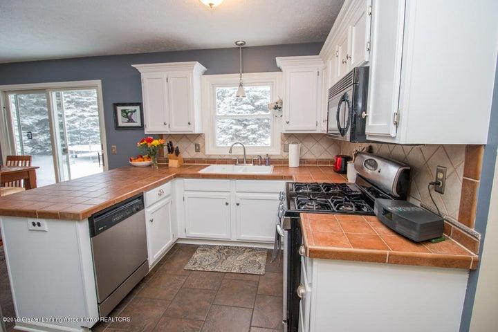 1240 Castlewood Cir - kitchen 4 - 15