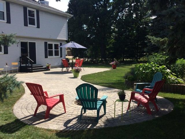 1240 Castlewood Cir - patio - 47