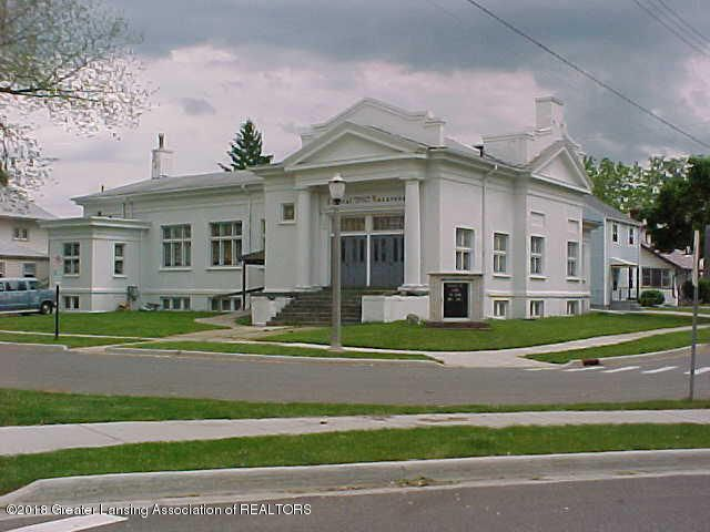 1300 Eureka Street, Lansing, MI 48912