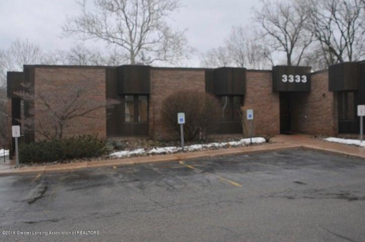 3333 S Pennsylvania Ave 2, Lansing, MI 48910