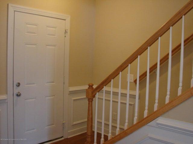 5956 Hemlock Dr - Foyer/Entry - 3