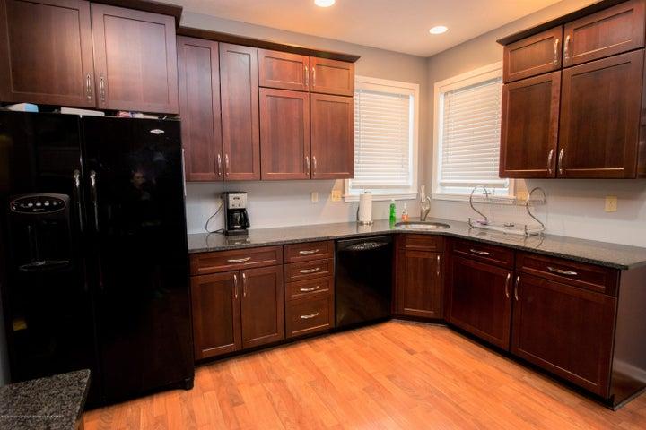 9339 St Clair Rd - Kitchen - 11