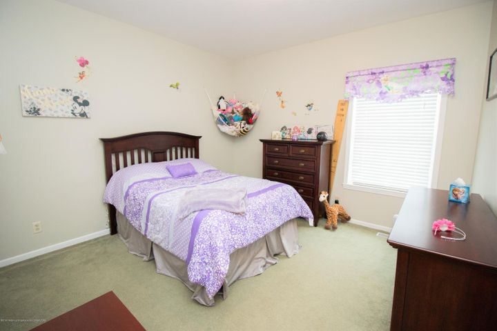 9339 St Clair Rd - Bedroom 2 - 16