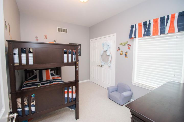 9339 St Clair Rd - Bedroom 3 - 18