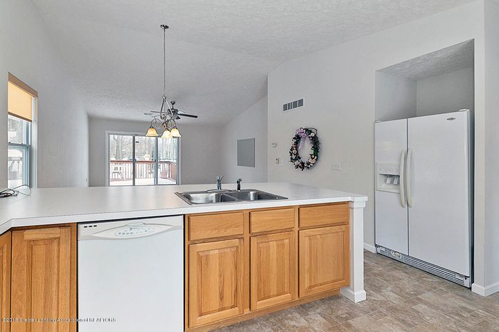 1502 Lytell Johnes Path  - KITCHEN OVERLOOKING LIVING ROOM - 9