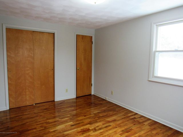 1432 N Harrison Rd - Master BR View 2 - 21