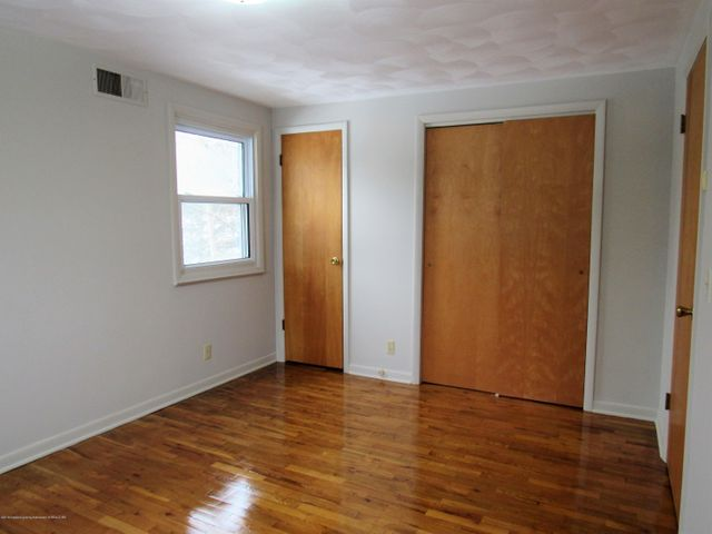 1432 N Harrison Rd - South Bedroom View 2 - 28